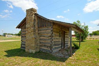7-GlenRose - Briden Cabin05