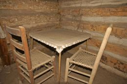 7-GlenRose - Briden Cabin13